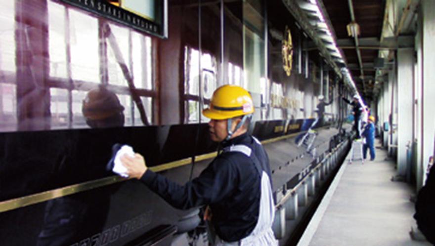 クルーズトレイン「ななつ星in九州」のガラスやボディなどに採用
